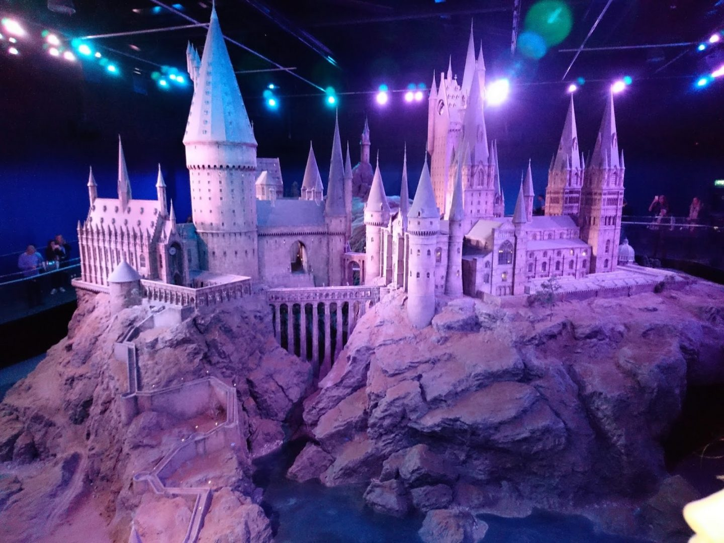 WARNER BROS - HARRY POTTER STUDIO