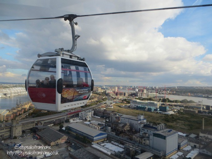 emirates-air-line-cable-in-sky